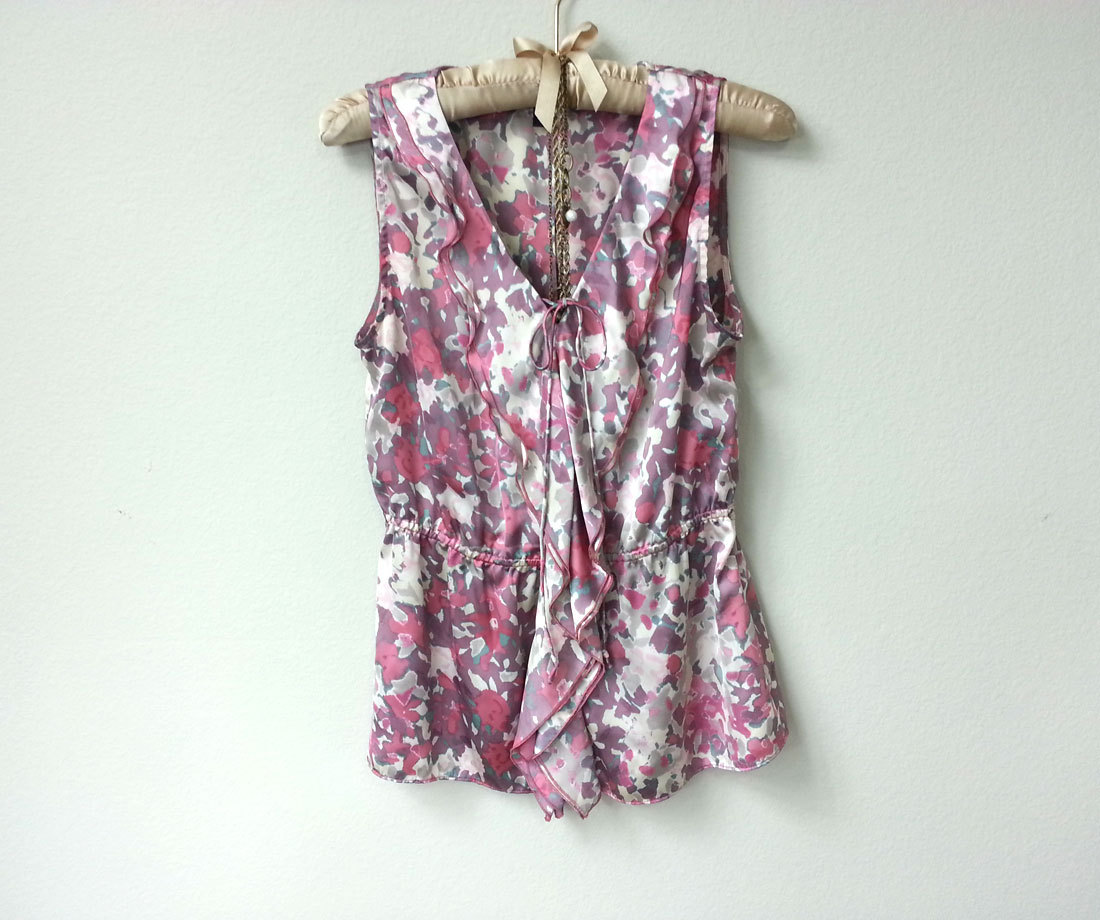 2a7b6073532fb9 Romantic Floral Sleeveless V Neck Satin Blouse with Ruffle Collar and Front  Tie Ribbon, with