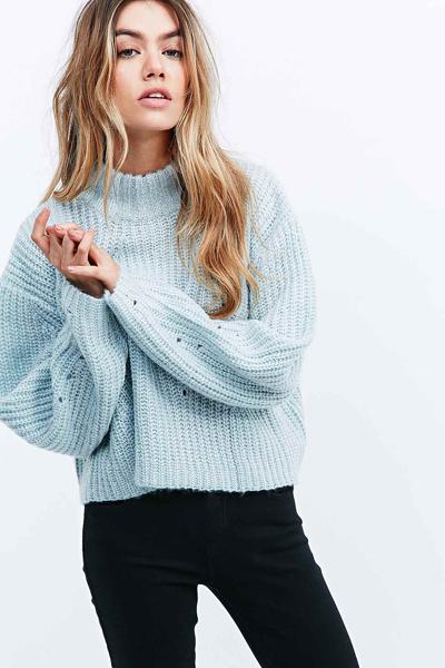 Unif Lisa Turtleneck Crop Sweater In Baby Blue On Storenvy