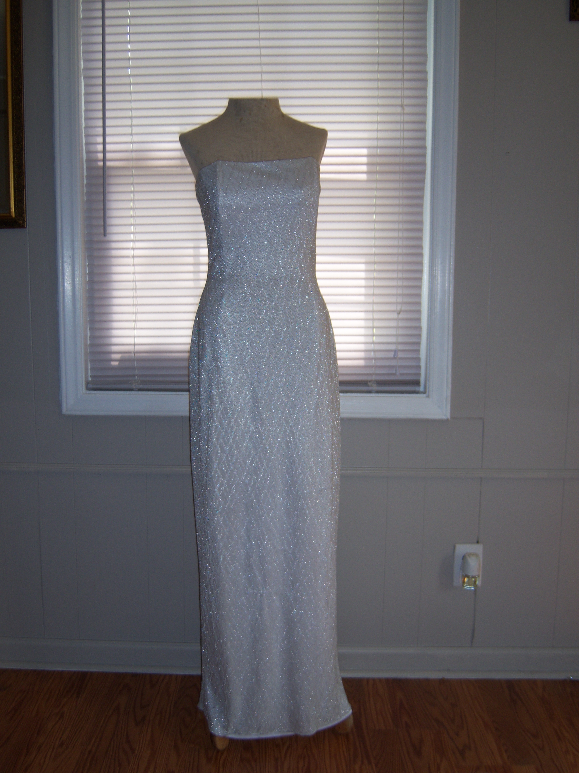 Jessica McClintock for Gunne Sax Silver Metallic Gown Size 11 on ...