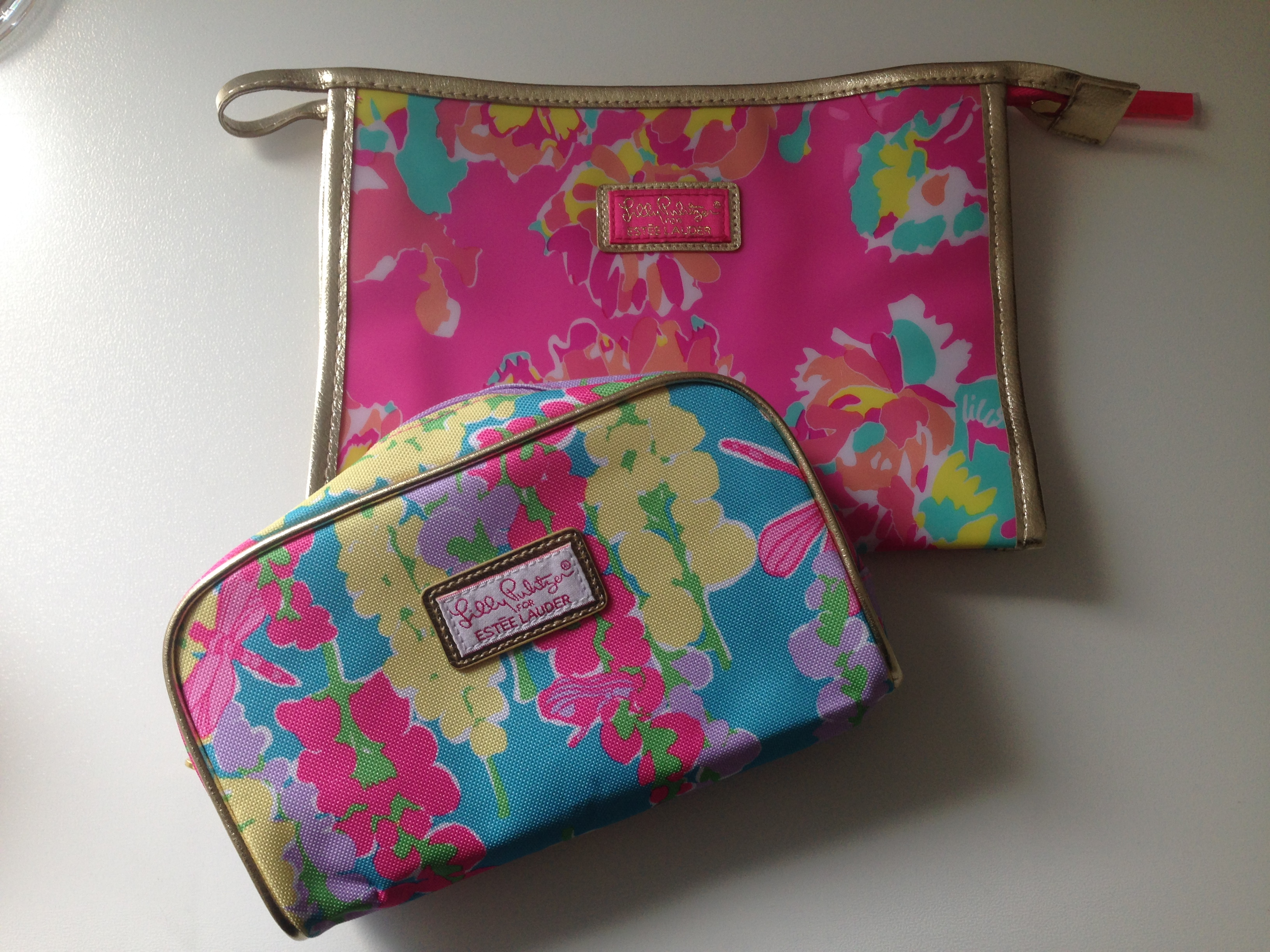 657ccc31c6e9 Lilly Pulitzer Cosmetic Bags Set · Trailer Thrash · Online Store ...
