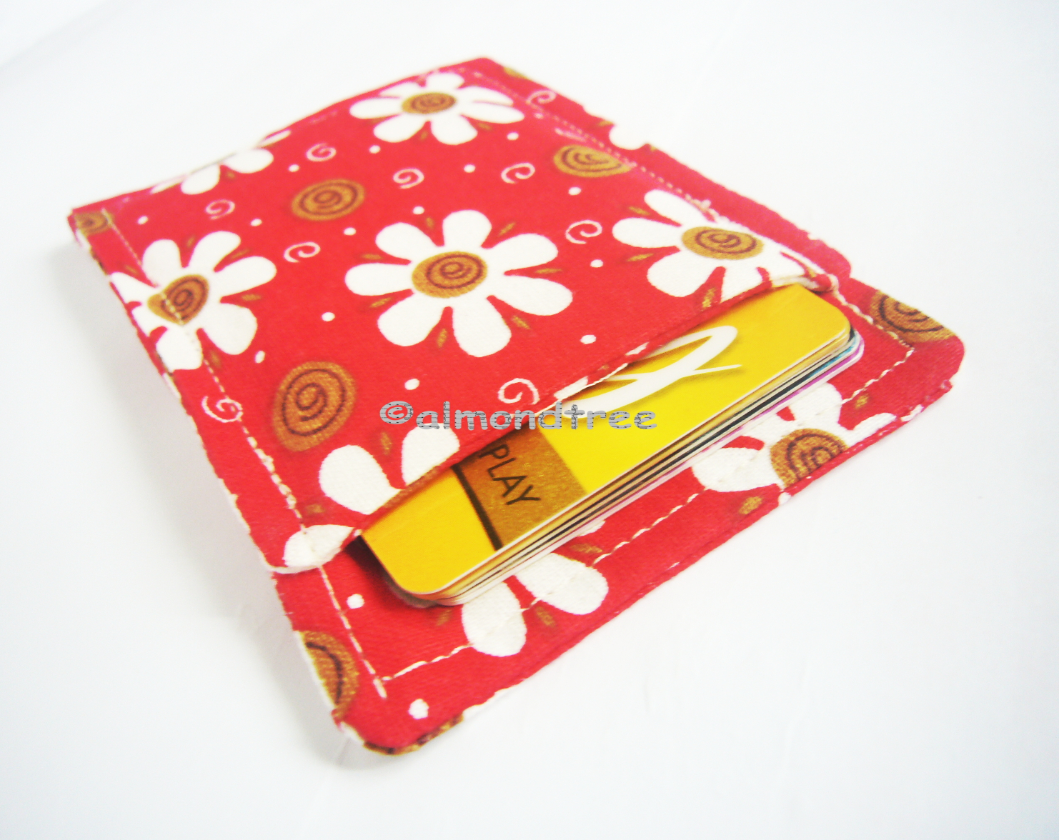 ff5617ac0b4f Red flowers slim card wallet, portefeuille, minimalist credit card case,  card holder, id1360696, front pocket wallet, moneystash from almondtree
