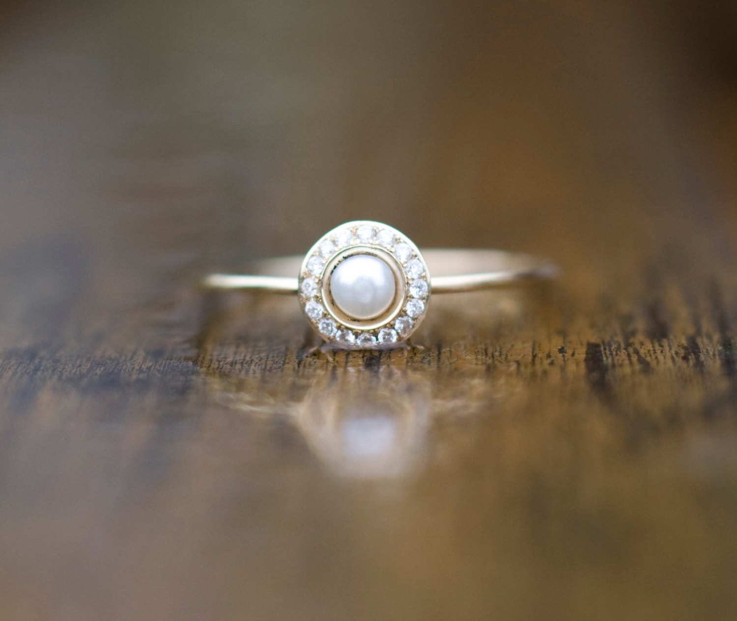 white pearl wedding ring with diamonds in 14k gold, pearl