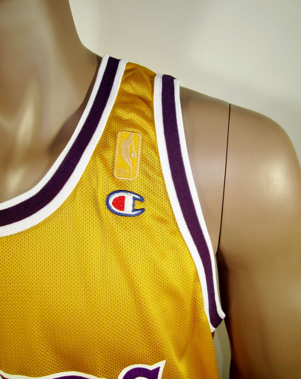 5fcf1f952e7 ... Wilt Chamberlain Los Angeles Lakers NBA 50 Gold logo Champion Jersey NWT  - Thumbnail 3 ...