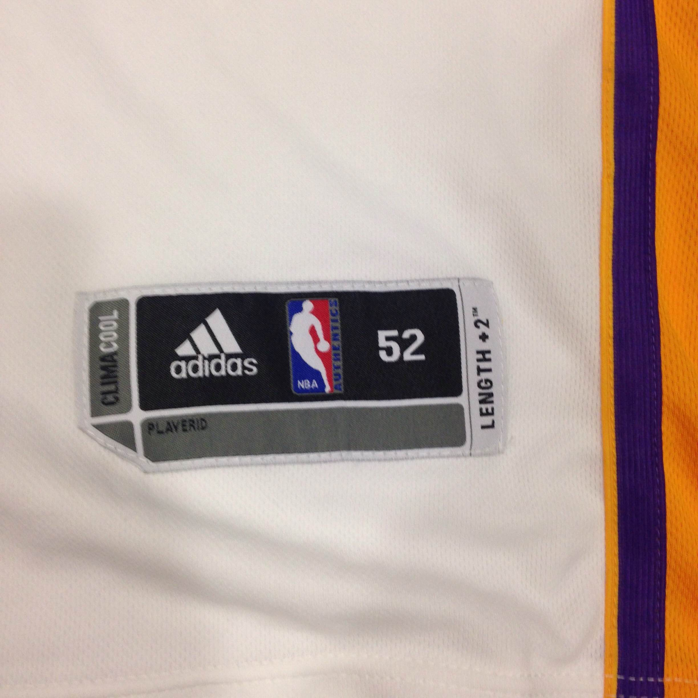 d8ba021c67e BNWT Authentic Dwight Howard Lakers Jersey Size 52 · Kings Court ...
