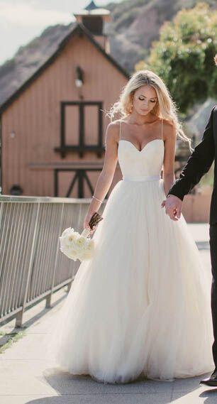 Beauty Spaghetti strap sweetheart tulle beach wedding dress,bridal ...