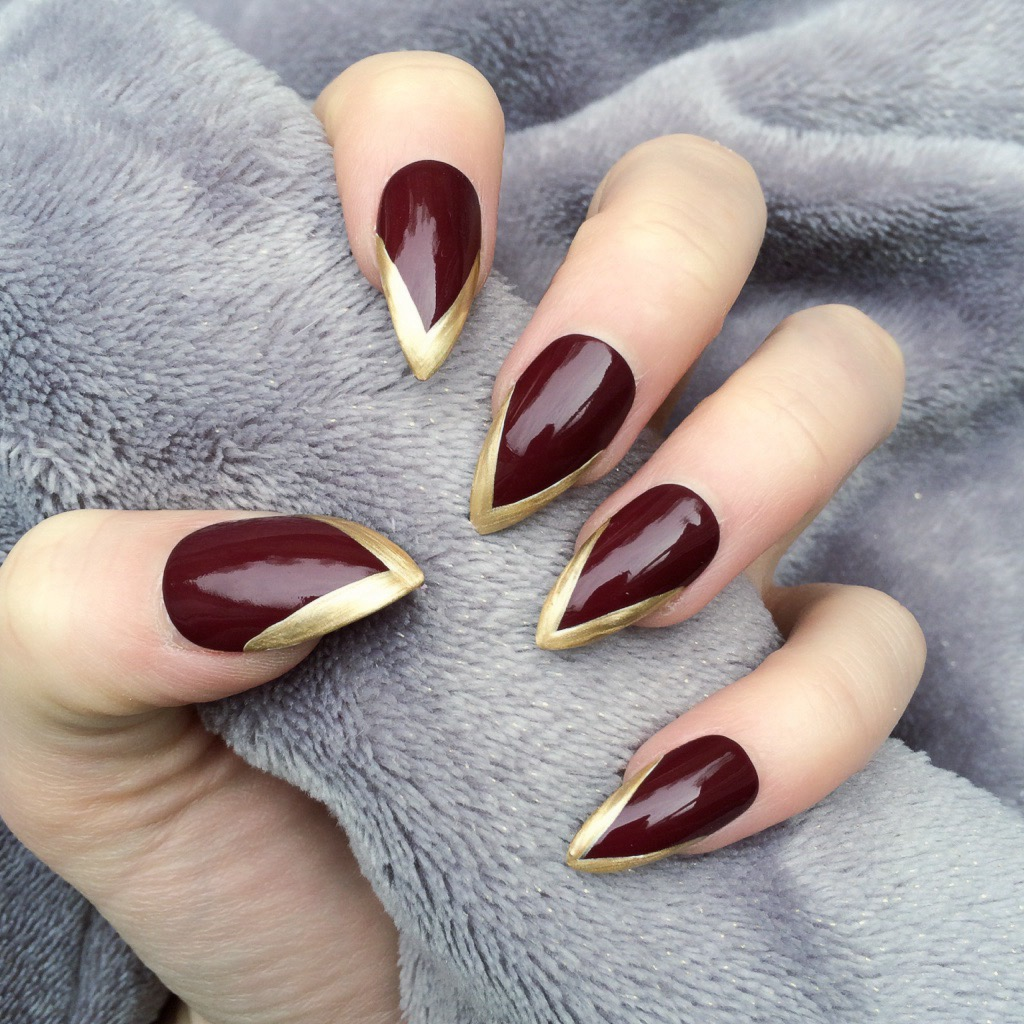 Mini Mani Black Gold Stiletto Nails On Storenvy