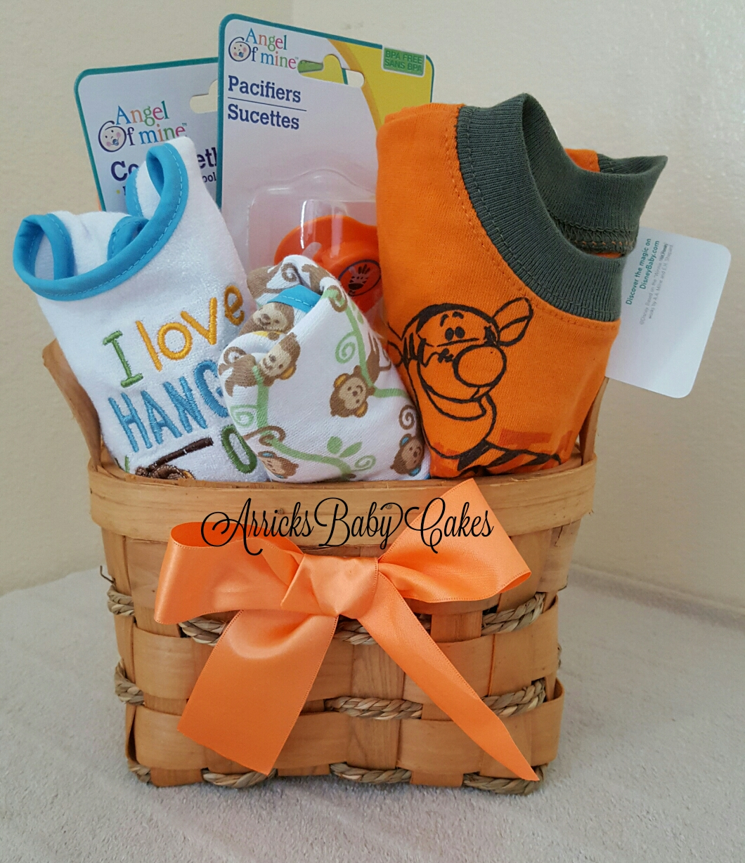 b3f3348f61023 The Tigger Baby Boy Gift Basket (Free Shipping)