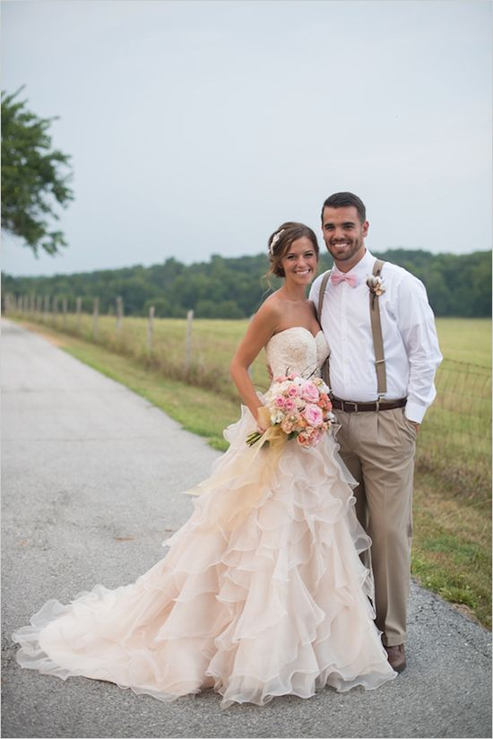 A New Country Chic Wedding Dress Pale Pink Long Ruffles Lace Wedding ...