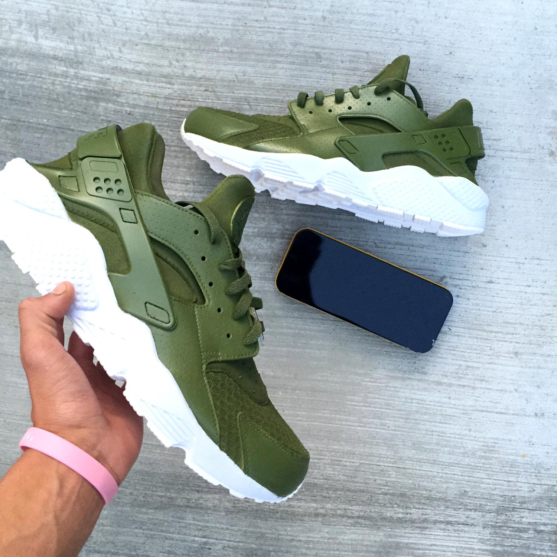 9a64751d29ff Avacado Green   White Custom Nike Air Huaraches · SneakerSuperShop ...