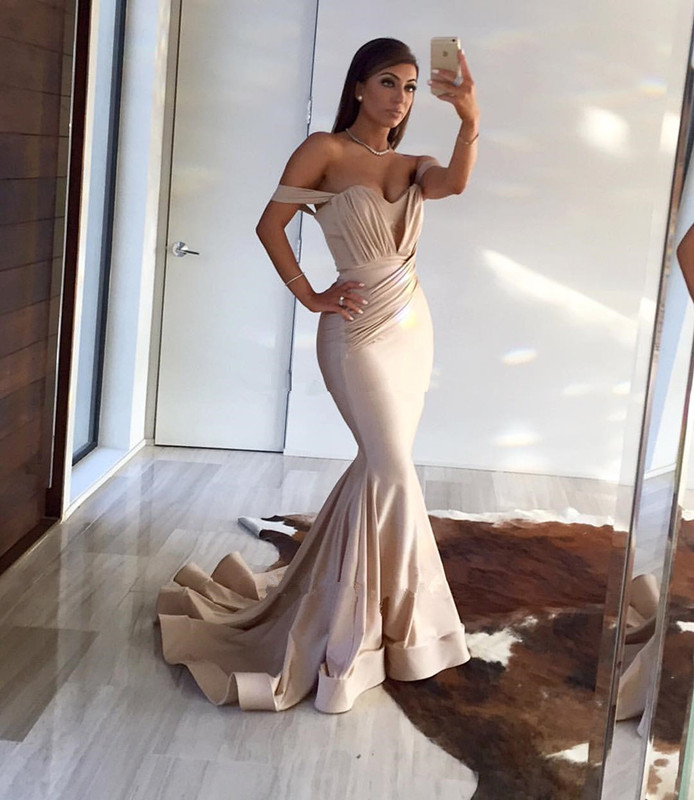 b1273b3c50 Gorgeous Champagne Sweetheart Mermaid Prom Dress