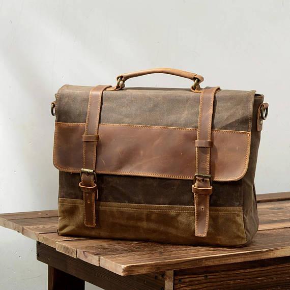 ... Leather Messenger Bag 16618e01947d5