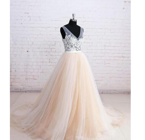 104e6cbd9532 2018 Colorful Wedding Dress Sexy Sheer V Neck Sleeveless Illusion ...