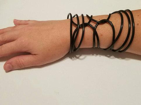 Rubber Wedding Band >> Chola Bands - Punk Bands - Rockabilly Bands - 90s black plastic bracelets - Black Gummy ...