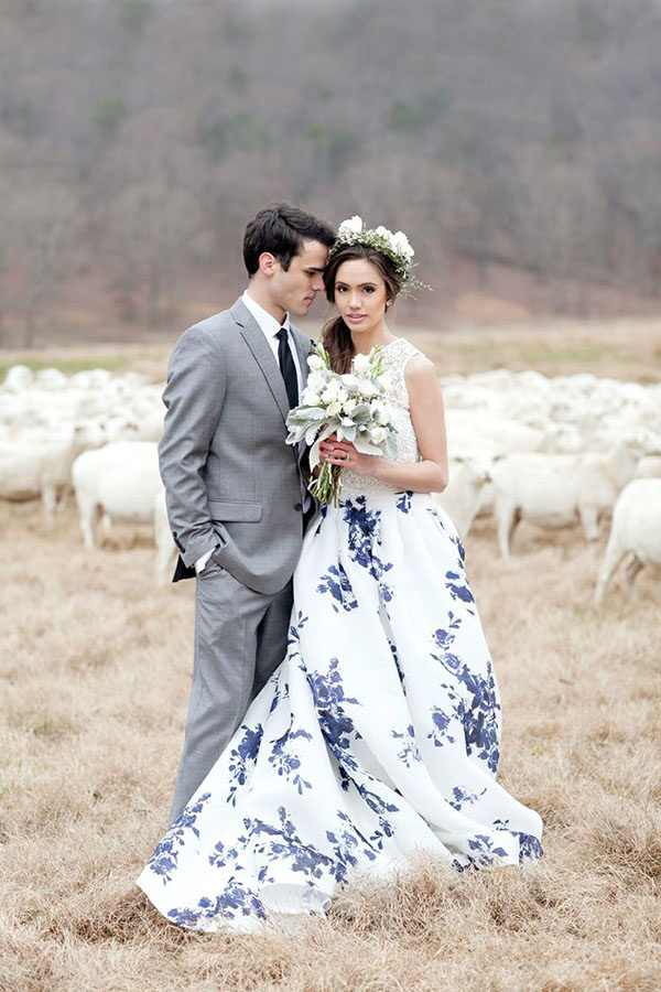 Chic Floral Print Wedding Dresses Blue Crew Neck Lace Bodice Puffy