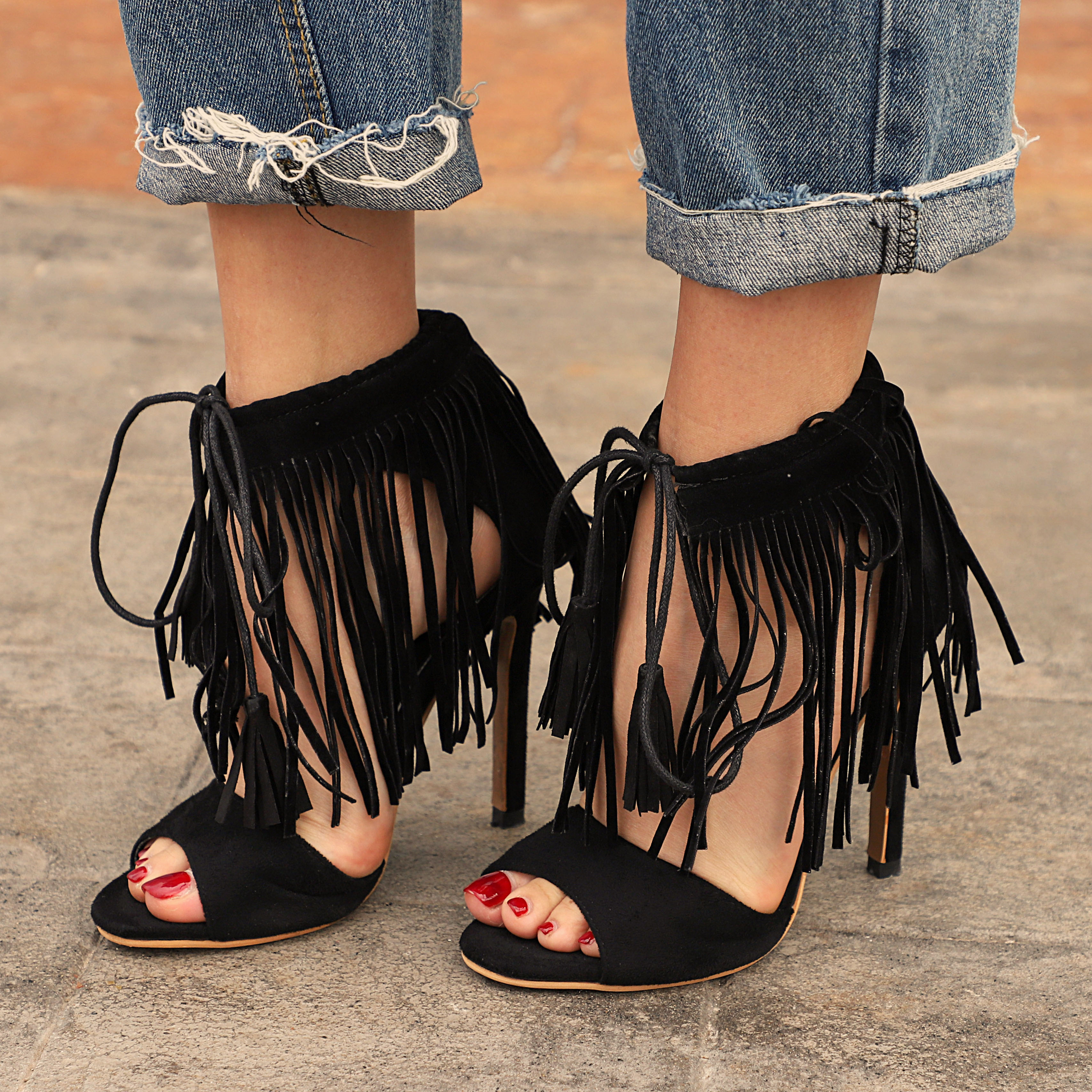 f9fd459a77f Woman Fashion Sexy High Heels Shoes Sandals Lace-up Tide Tassel Shoes from  Eoooh❣❣