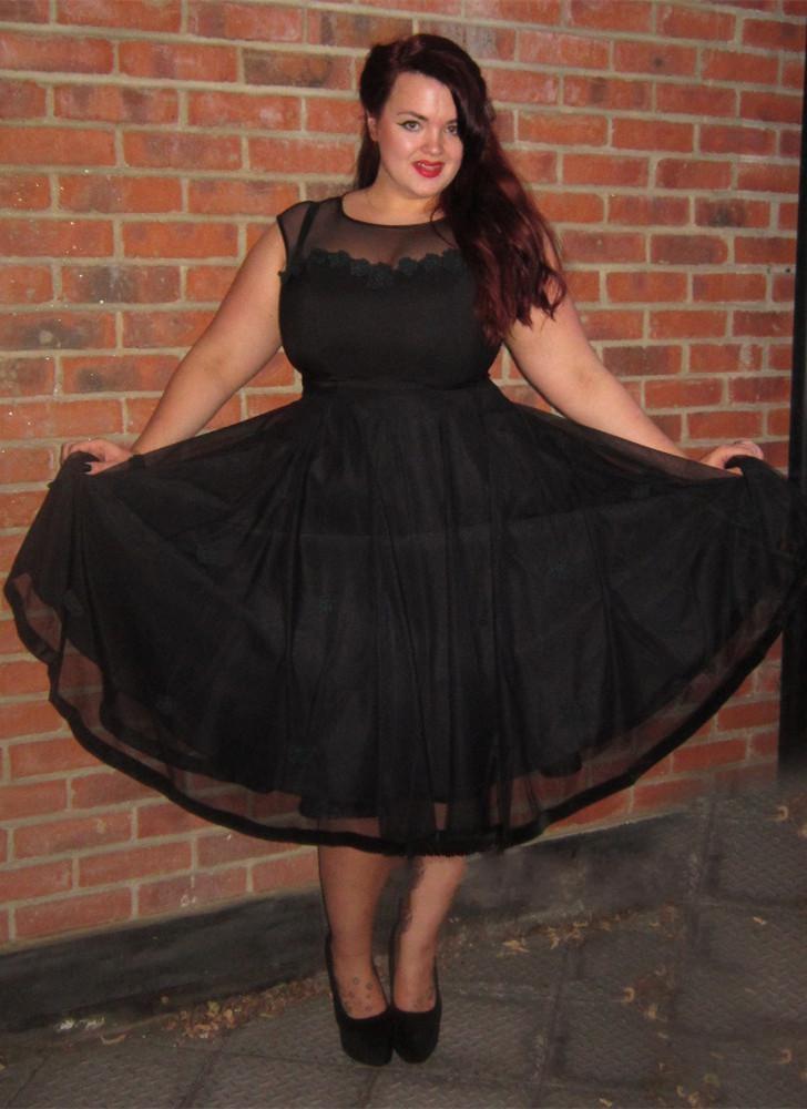 2019 Cap-Sleeve A-line Plus-Size Black Homecoming dress Jewel Tea-Length  Prom Dress from MychicDress