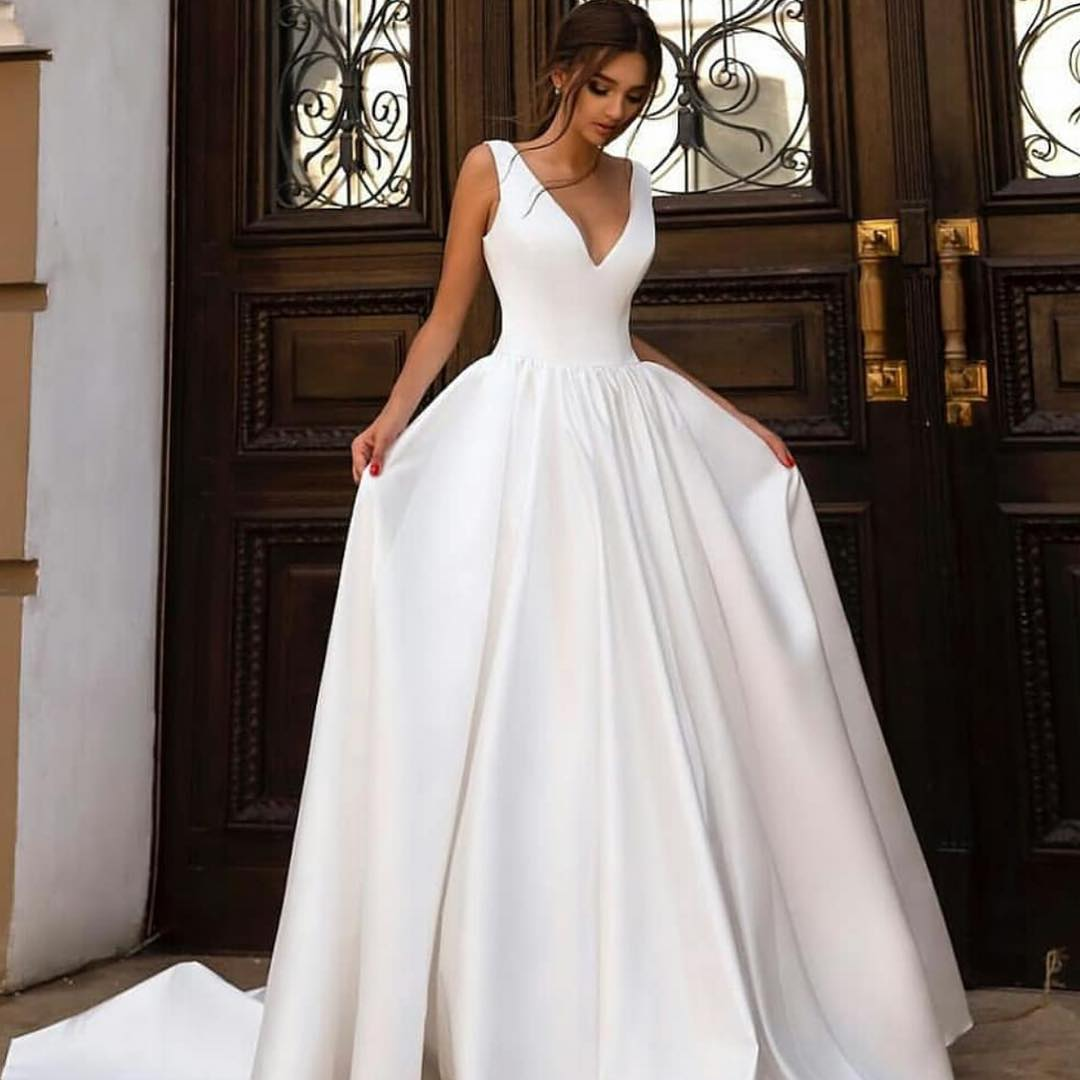 A-line V-Neck White Satin Wedding Dress With Court Train