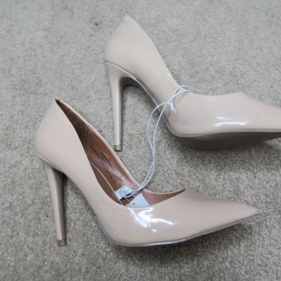 84817fe0baa Mossimo nude pointed heels - Thumbnail 5. Mossimo Nude Pointed Heels.  8.00  · Powered by Storenvy. Drew s Closet