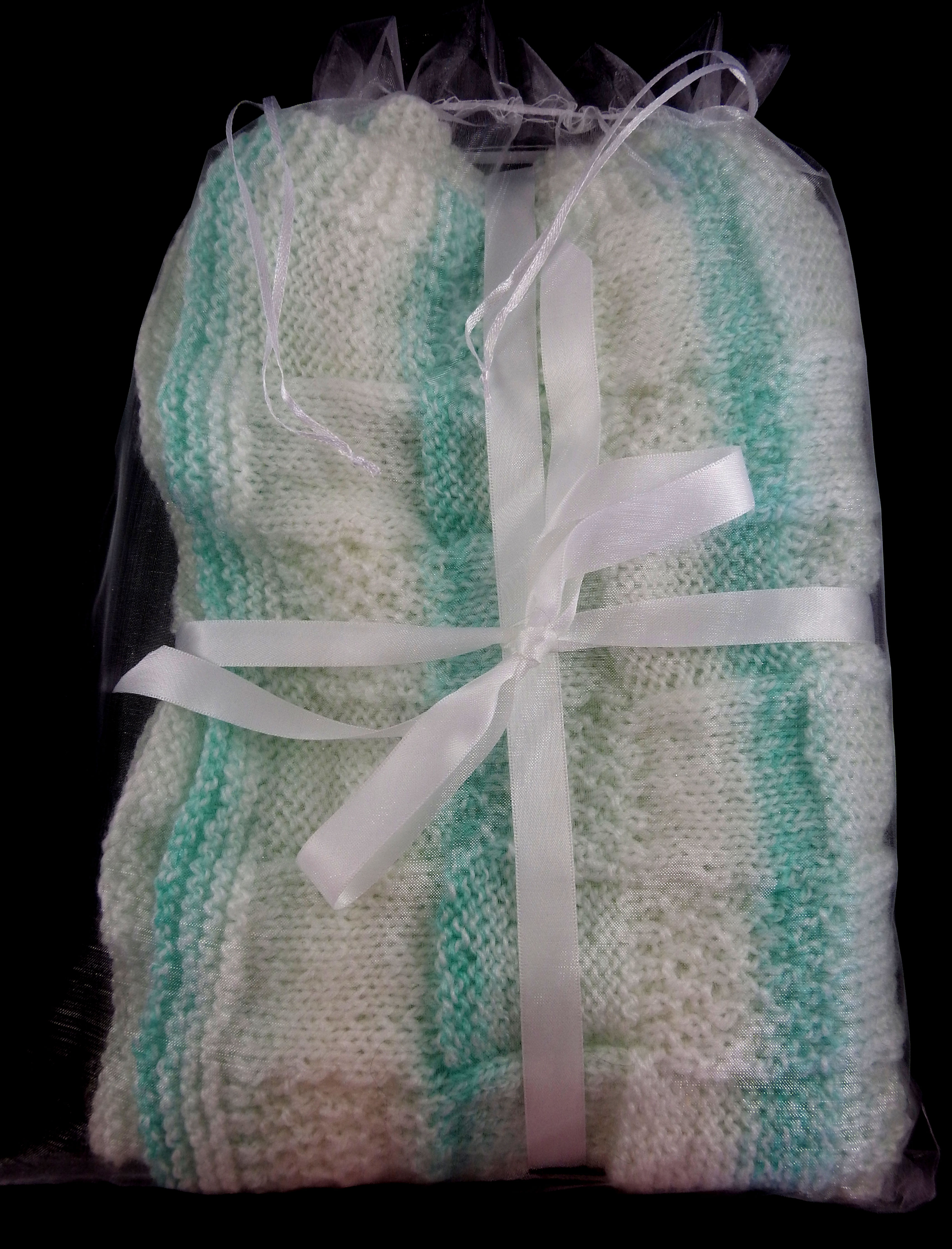 Knitted Green And White Patterned Baby Blanket - FREE SHIPPING from Dreams  Of Avalon