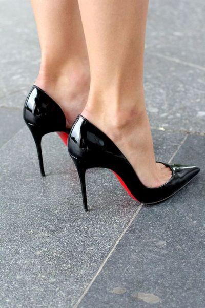 2020 New Black Pointy Stiletto Heel Women Hot Sales