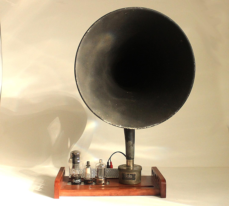 Vintage Horn Speaker 16